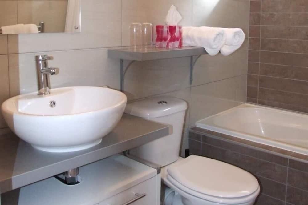 ห้องสแตนดาร์ดซิงเกิล, ห้องน้ำในตัว - ห้องน้ำ