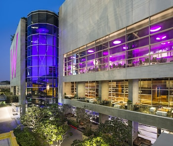 Book this Parking available Hotel in Bangkok