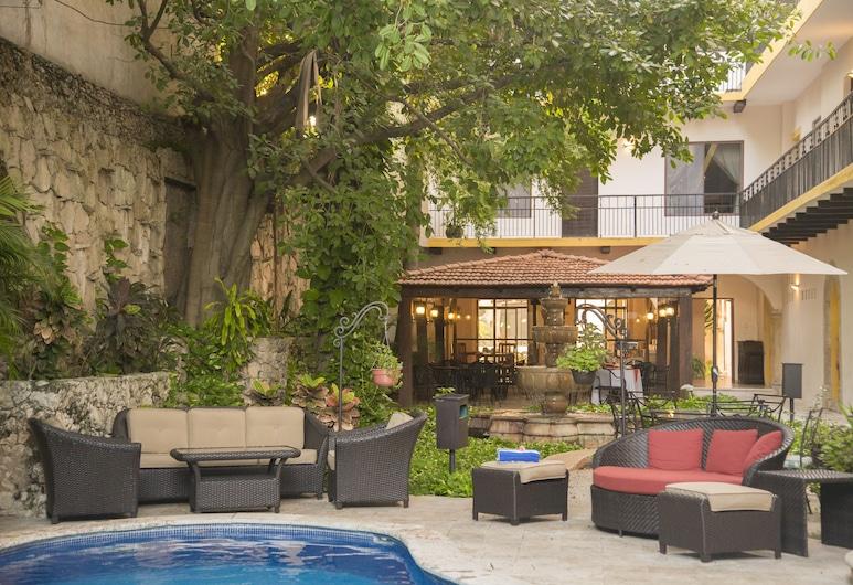 Hotel Maison del Embajador, Mérida, Außenpool