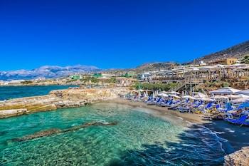 Mynd af Porto Greco Village Beach Hotel í Hersonissos