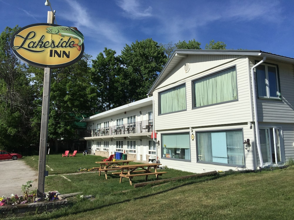 Lakeside Inn, Orillia