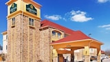 Picture of La Quinta Inn & Suites Floresville in Floresville