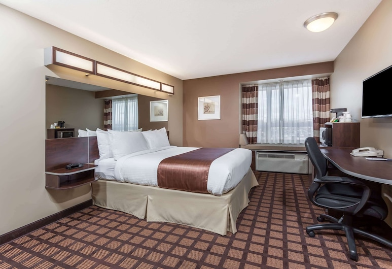 Microtel Inn & Suites by Wyndham Timmins, Timmins, Suite, 1 Queen-Bett, Mikrowelle, Zimmer