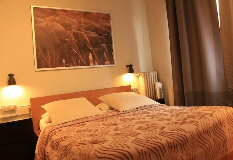 The Buba House, Barselona, Standartinio tipo dvivietis kambarys, 1 standartinė dvigulė lova, bendras vonios kambarys, Svečių kambarys