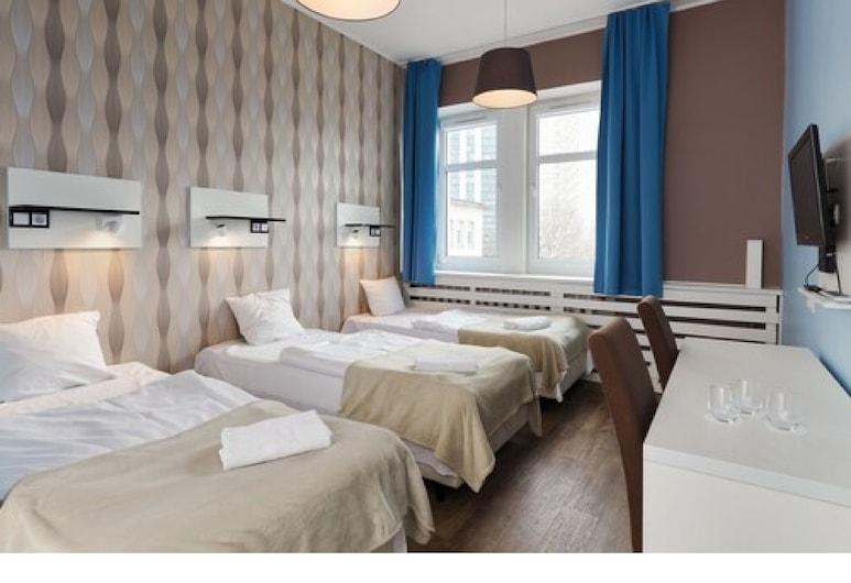 Traffic Hotel, Poznan, Üç Kişilik Oda, Oda