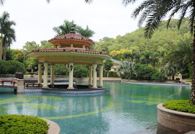 زنجشنج هنجدا هوتل, قوانغتشو, حمام سباحة
