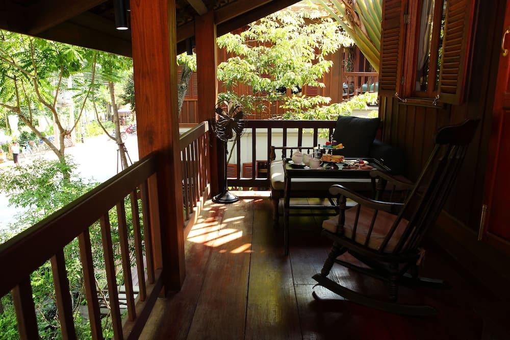 Deluxe Balcony - Balcony