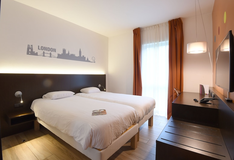 ibis Styles La Louvière, La Louviere, Superior Twin Room, 2 Twin Beds, Guest Room