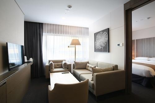 中心馬克酒店/