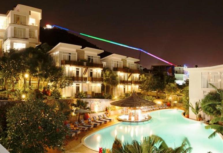 Seaside Resort, Vung Tau, Pool