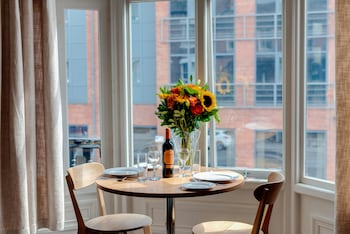 Picture of Base Serviced Apartments - City Road in Chester