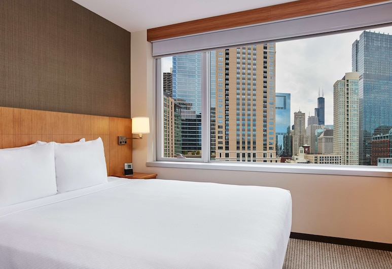 Hyatt Place Chicago/River North, Chicago, Room, 1 King Bed, City View, Guest Room View