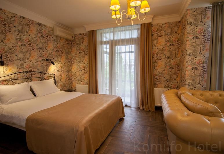 Komilfo Hotel, Chisinau, Suite, Guest Room
