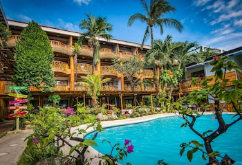 Picture of Red Coconut Beach Hotel in Boracay Island