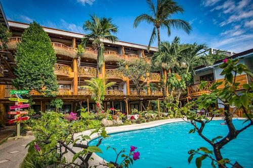 紅椰子海灘酒店/