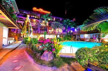 Slika: Red Coconut Beach Hotel ‒ Otok Boracay
