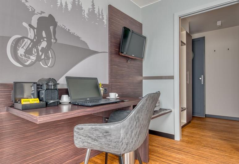 Le Merceny Motel, Bastogne, Standard Twin Room, Guest Room
