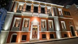 Choose This Luxury Hotel in Pyrgos