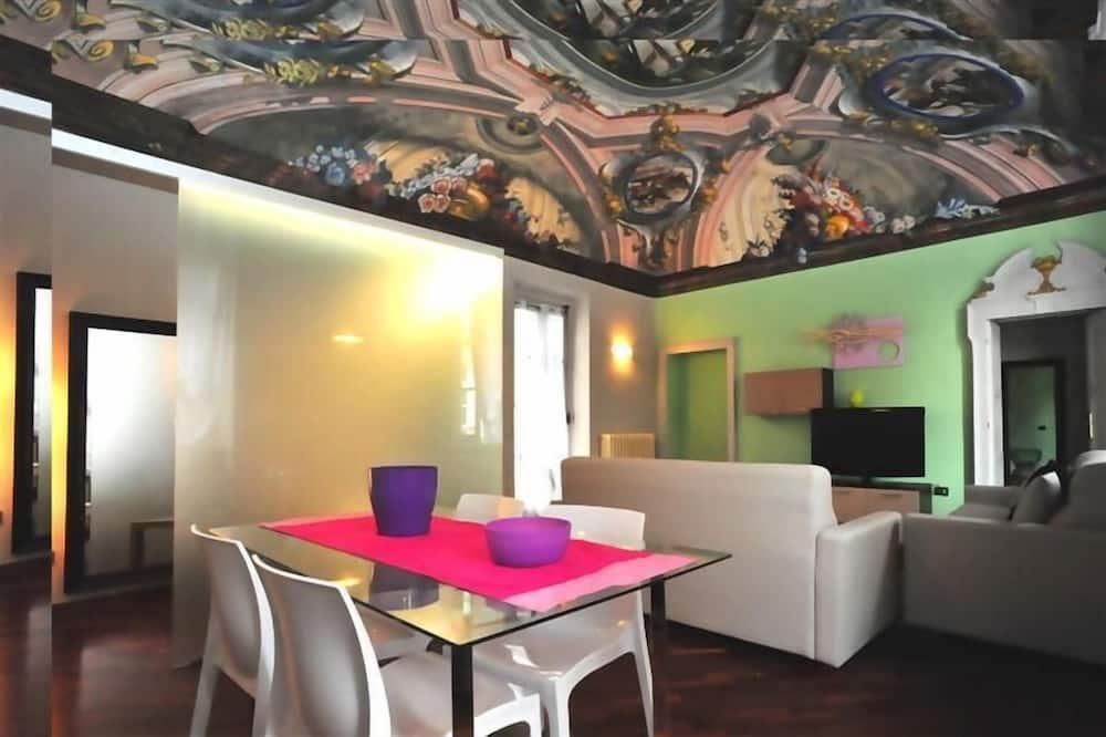 جناح ديلوكس - بحمام خاص - تناول الطعام داخل الغرفة