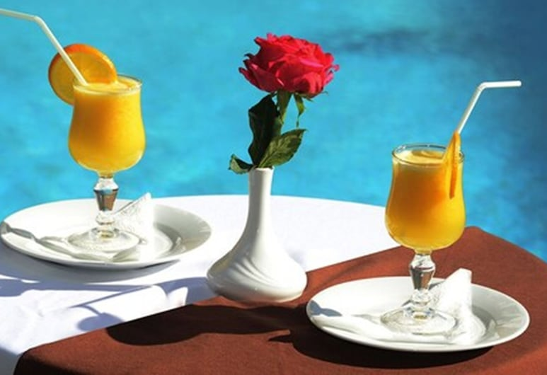 Omega Hotel Agadir, Agadir, Bar Tepi Kolam