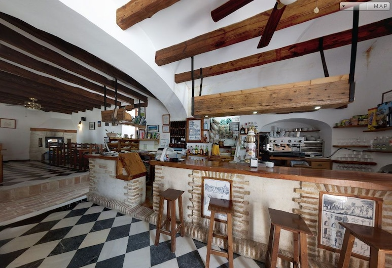 إل بالومار دي لا برينا, Barbate, بار الفندق