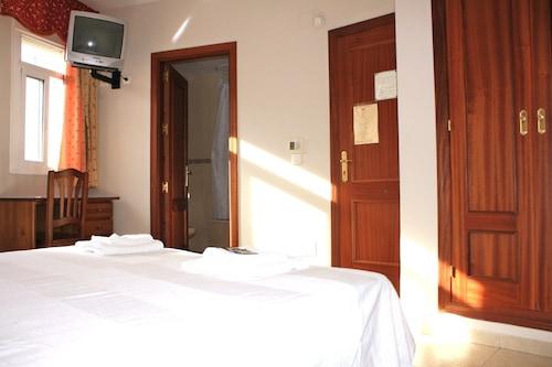 卡洛斯二世旅館/
