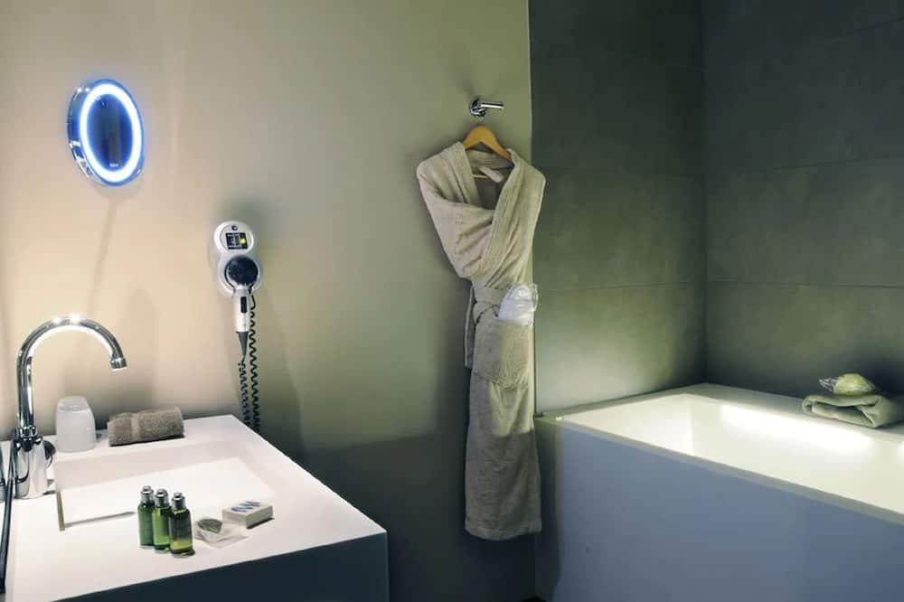 Deluxe Room, 1 Katil Ratu (Queen), Non Smoking - Bilik mandi