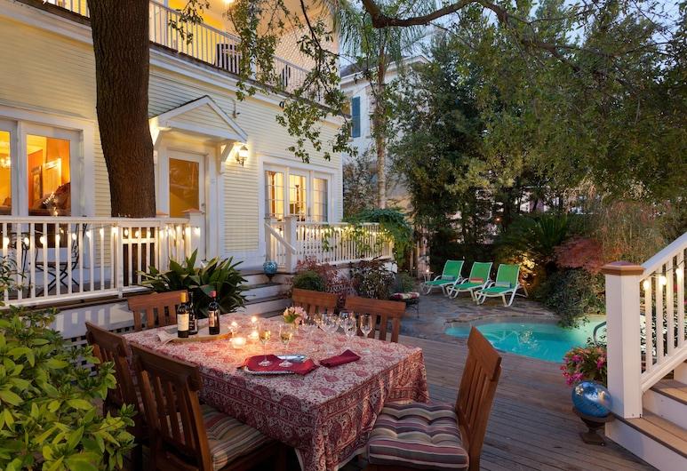Azalea Inn and Villas, Savannah, Outdoor Dining