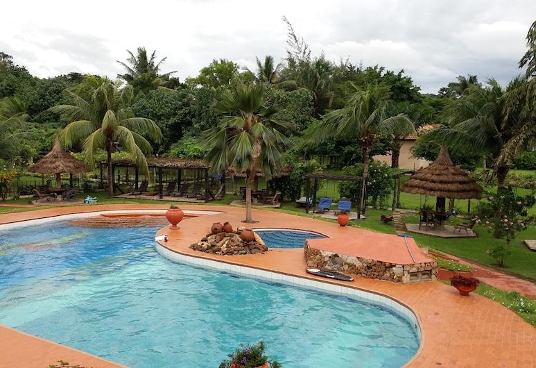 Afrikiko Riverfront Resort, Akosombo, Basen