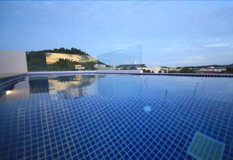 더 팜스 레지던스, 위칫, 야외 수영장
