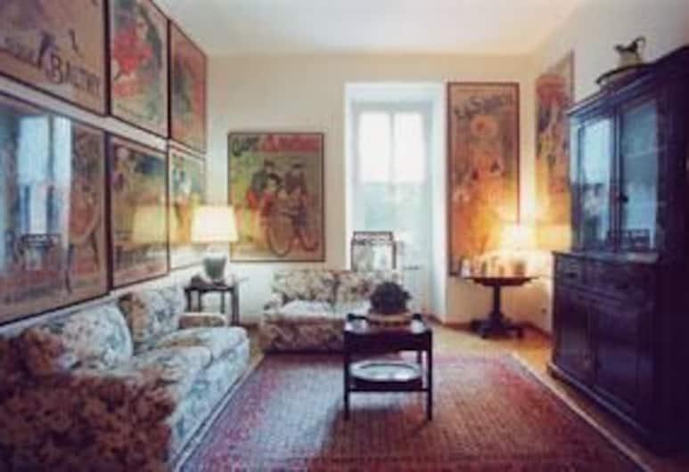 Vacanze Romane Bed & Breakfast, Rom, Classic-dobbeltværelse - fælles badeværelse, Stue