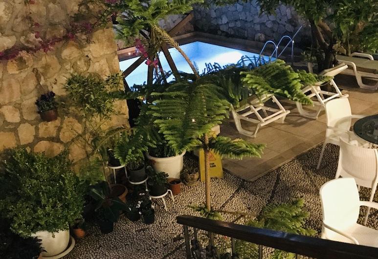 Kaleiçi Hotel, Antalya, Garten