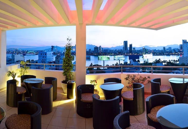 D&C 飯店, 峴港, 飯店內酒廊