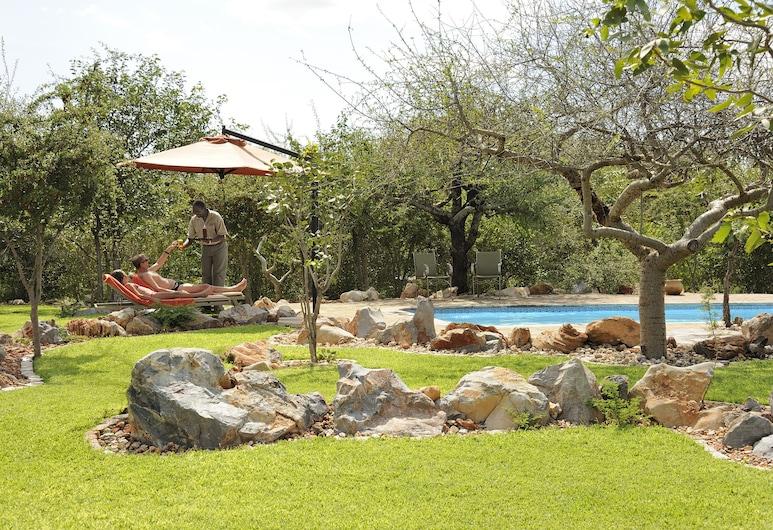 Etosha Village, Okaukuejo, Outdoor Pool