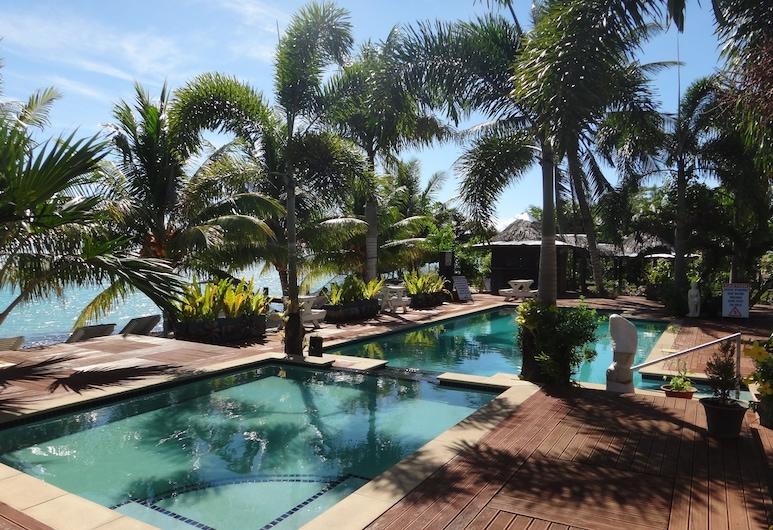 Jet Over Hotel, Salelologa, Pool