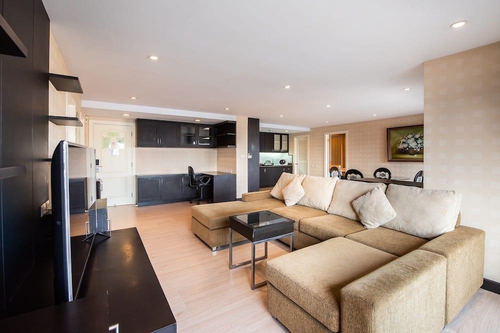 Comfort Quadruple Room, 2 Bedrooms - Living Area