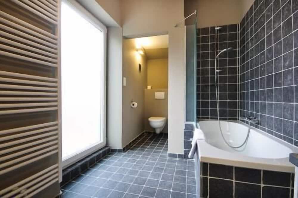 Luxury Double Room, Balcony - Bathroom