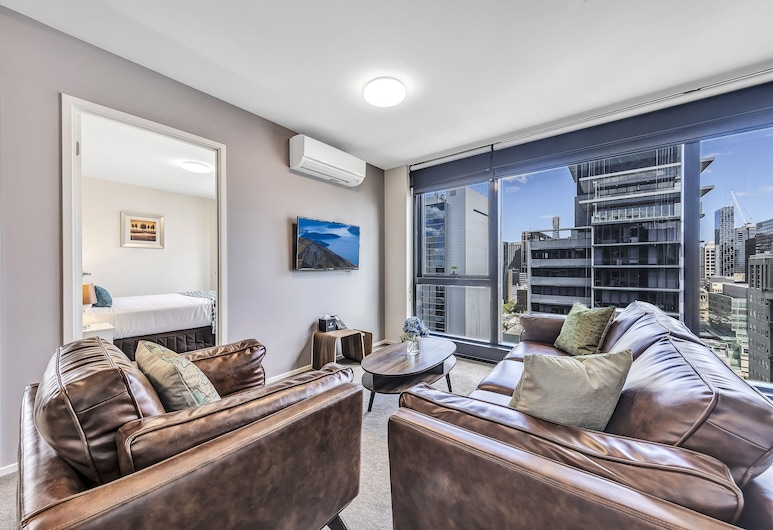 Pegasus Apart'Hotel, Melbourne, Executive Two Bedroom Apartment, Living Area