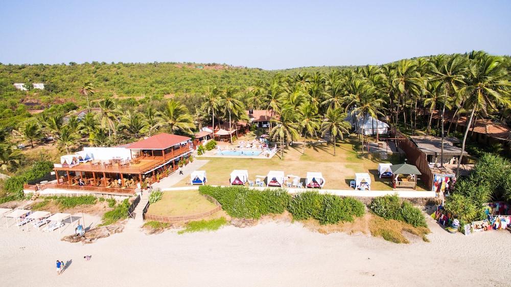 La Cabana Beach And Spa Ashvem