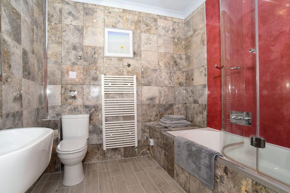 Chambre avec lits jumeaux - Salle de bain