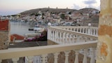 Choose this Apartment in Halki - Online Room Reservations