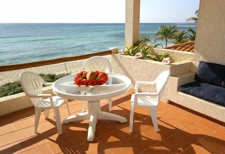 Villas De Rosa Beach Resort, Akumal, Terrasse/Patio