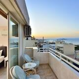 Standard Triple Room, Sea View - Balcony