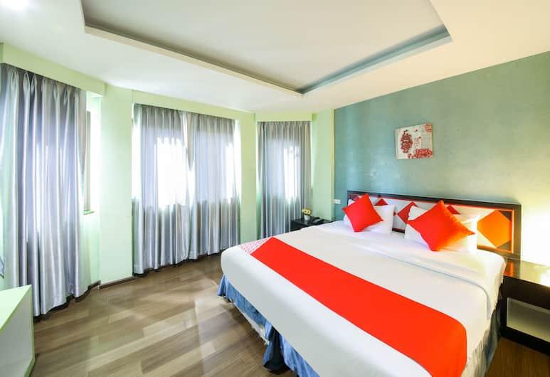 OYO 138 The Chilli Salza Patong Hotel, Patong