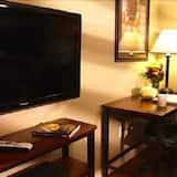 Suite, 1 Queen Bed, Kitchen - Nappali rész
