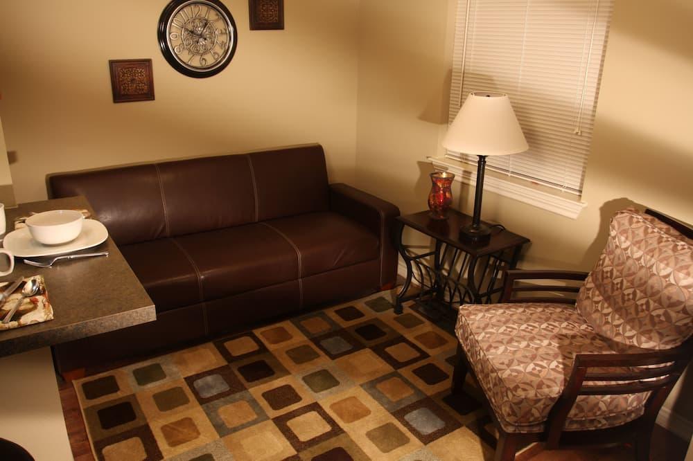 Suite, 1 Queen Bed, Kitchen - Nappali