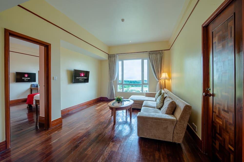 Suite, 1 très grand lit (Rumdul) - Coin séjour