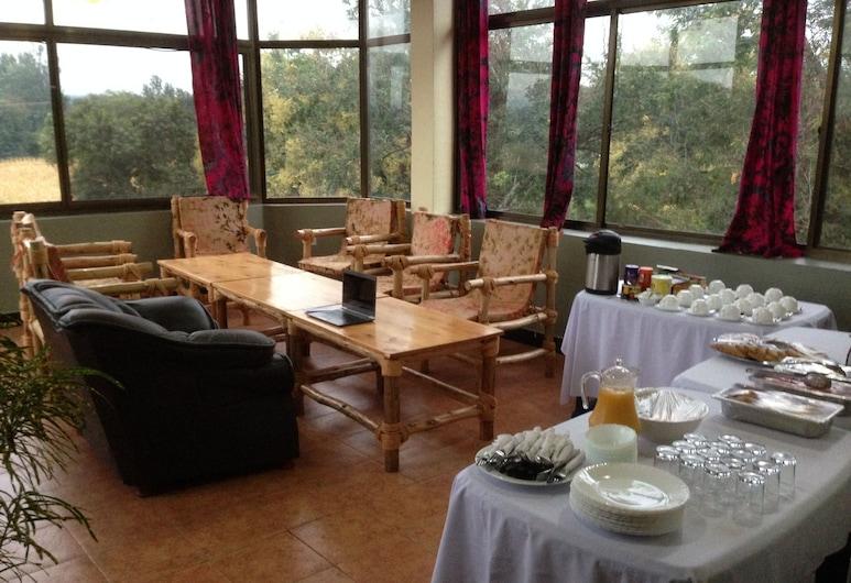 Stella Maris Lodge, Moshi, Poczekalnia hotelowa