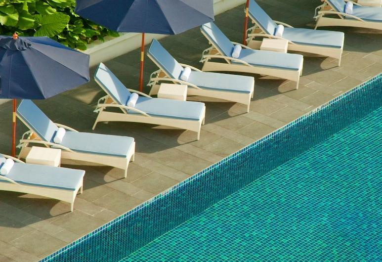 The Majestic Hotel Kuala Lumpur, Autograph Collection, Kuala Lumpur, Outdoor Pool