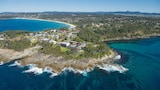 Choose This Luxury Hotel in Mollymook Beach